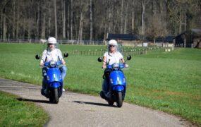 Vespa scooter (45 Km/u)
